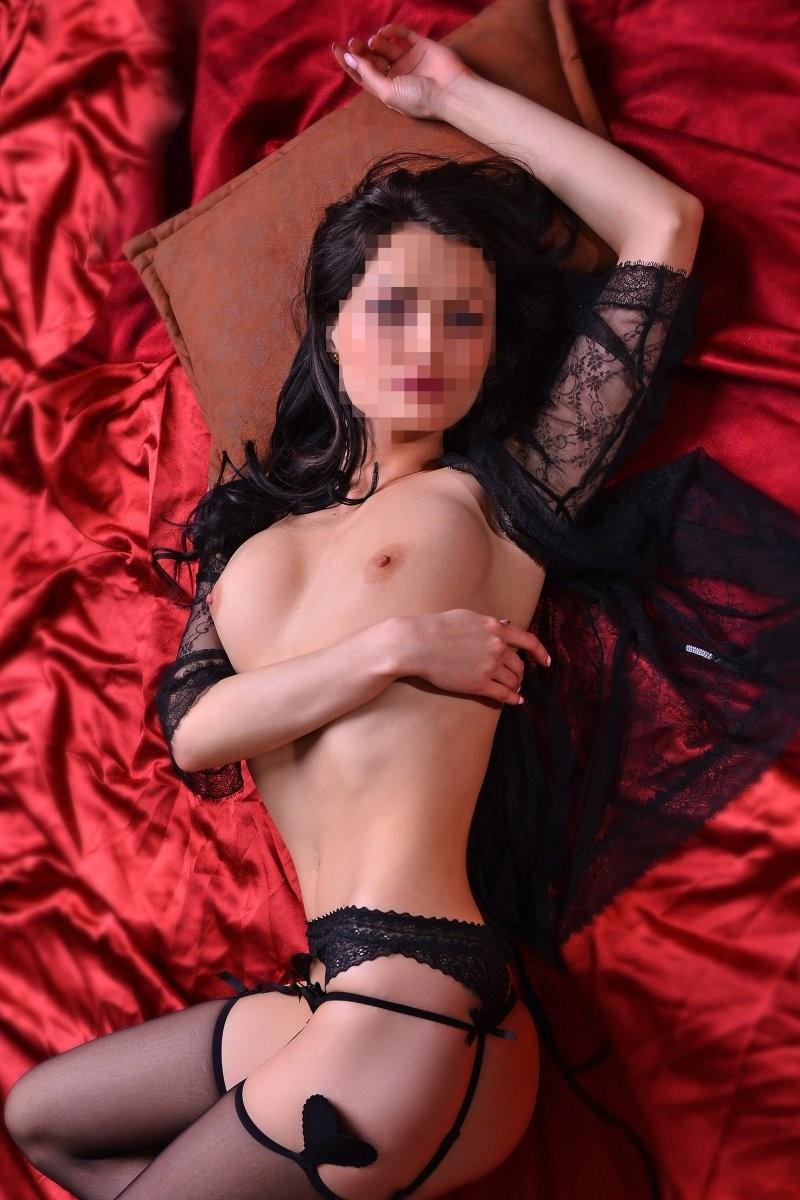deshevie-uzbekskie-prostitutki-pitera-supruga-trahaetsya-s-sosedom-ya-snimayu-video
